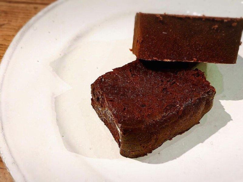 ダンデライオンチョコレートのガトーショコラを食べた感想